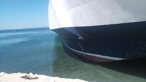 Port_boat.jpg