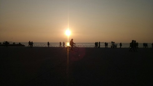 Sunset_sea_thessaloniki_walj_bicycle.jpg