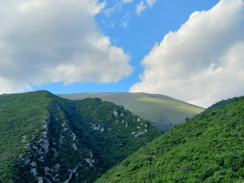olympus_greece_mountain_green_blue_clouds