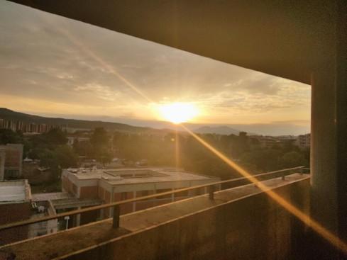 sunrise_office_light_aktina_fos_chortiatis.jpg